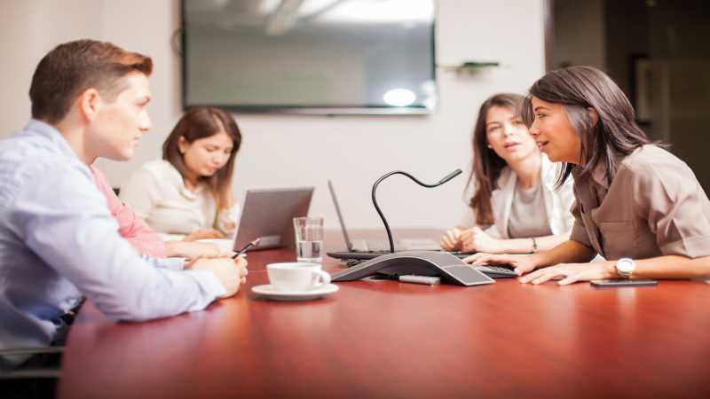 פתרונות תקשורת עסקיים